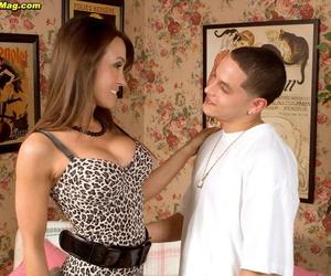 Hot mom Christina Cross shows the neighbours boy a really good time