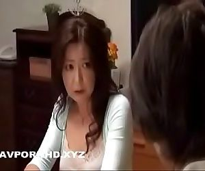 Japanese Mature mom sodomized by two sons 31 min