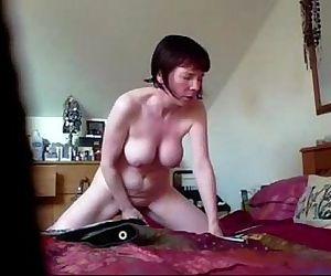 Real hidden cam video of my mom masturbating. Great ! - 3 min