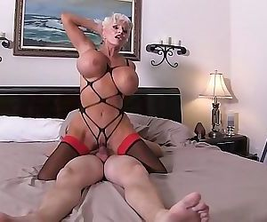 My Auntie and Me TABOO Sally Dangelo 3 min HD+
