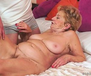 Kinky old granny Malya loves big dickHD