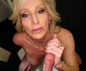 big titty gilf from SelfiesMilfs.com