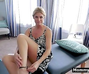 Mom and son massage leads to sex 7 min HD