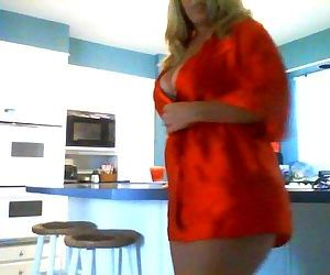Horny Milf Plays in the Kitchen!