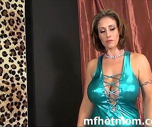 Beautiful Milf fucked hardmfhotmom.com