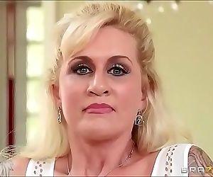 sexo หลอก la Madre en la cocina 26 มิน