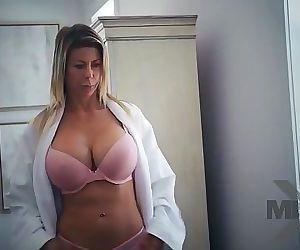 Alexis FawxThe Frieebie 23 min HD