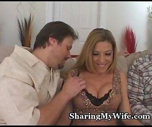 Sucking Mommas Pussy Clit - 5 min