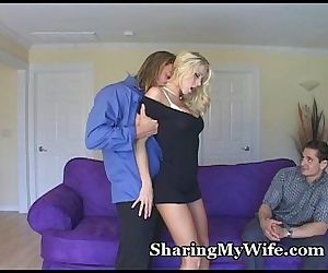Hot Wife Offers To Share Her Pussy - 5 min