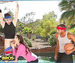 BANGBROSJuan El Caballo Loco Tag Teams His Stepmom Makayla Coxxx 12 min HD+