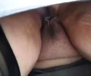 Spying my mature mom. She has no panty - 48 sec