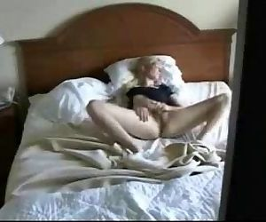Caught my cute mom on bed fingering pussy. Hidden cam - 2 min