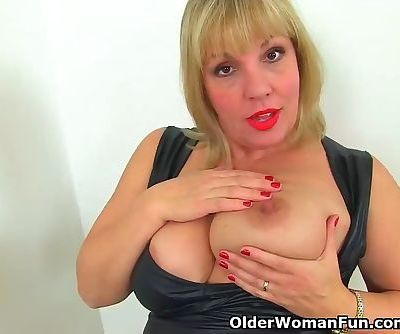 British milf Danielle gets turned on in bathroom
