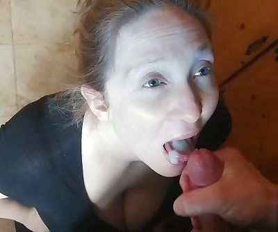 Pregnant wife likes to swallow cum