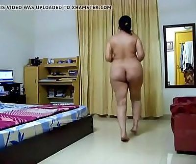 HOT DESI FAT ASS AUNTY MUNNI 21 sec