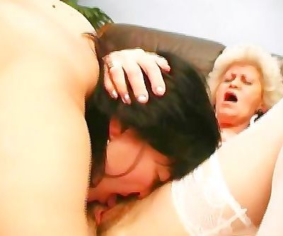 Old Chicks Eating Puss