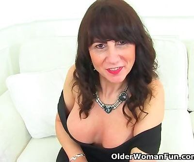 Milf Toni Lace has the most inviting cunt ever seen