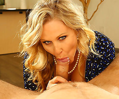 VR Stereoscopic 360 - Julia Ann Has an Unquenchable Oral fixation