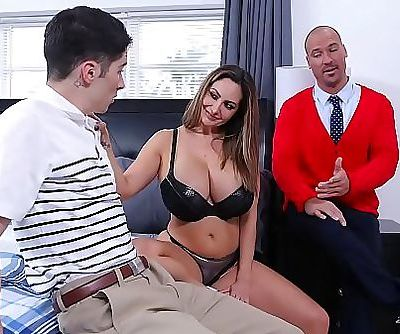 FILTHY FAMILYStepmom Ava Addams Fucks Away Connor Kennedys Virginity 3 min 720p