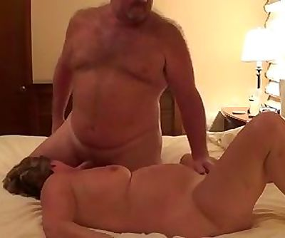 not daddy Bear Plows The Wife - I am at 2HOOK-UP.COM