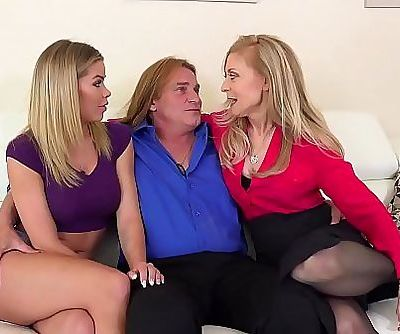 FILF Jessa Rhodes stepparents Evan Stone And Nina Hartley invading her for the weekend part.1 12 min 1080p
