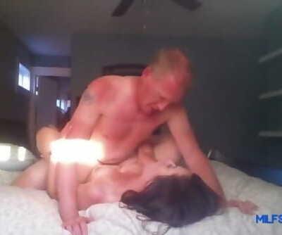 Sexy Mom Fucks Her Boss