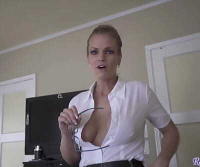 Hot Milf Doctor Needs Sperm Sample from Patient 16 min 720p