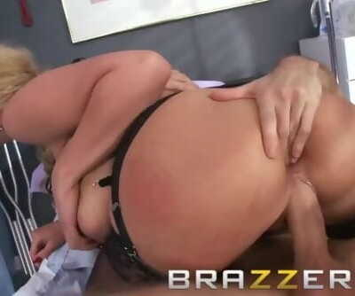 BRAZZERS - Slutty milf doctor Phoenix Marie takes it where she can get it