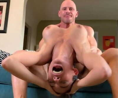 Johnny Sins - She Goes cRAZY on the Dick!