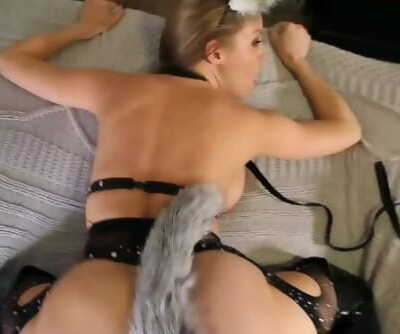 KITTY CREAMPIE WITH BUTTPLUG - BRITNEY AMBER