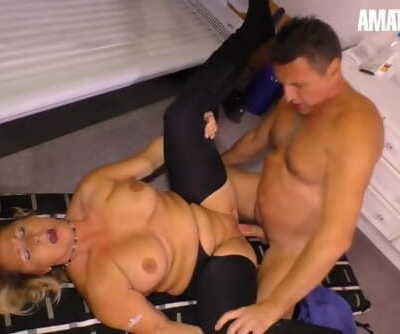 HausfrauFicken - Big Ass Chubby Amateur Wife Cheats At Salon - AmateurEuro