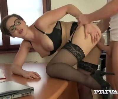 Yasmin Scott - Fuck the Secretary Ass