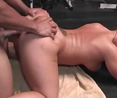 MDDS PAWG Slut Slammed by BBC in Gym