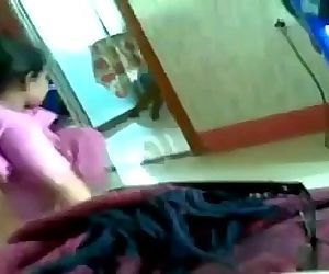 Desi indian house maid - 2 min