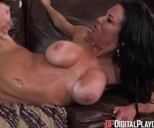 DigitalPlayGround - Hot Coca - 5..