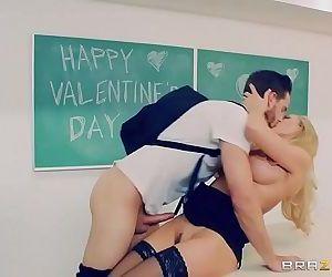 Brazzers - Brandi Love - Big Tits..