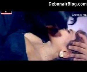 Indian girls kissed very hard - 2..
