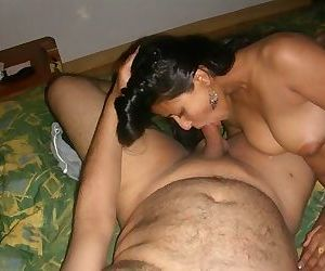 Best Indian Desi Collector Pics 137