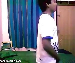 Delhi 1st Year Teens Homemade Sex With Dirty Audio Hot Amateur 6 min 720p