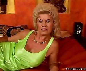 Hairy granny Effie..