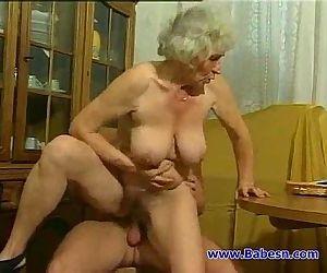 Granny fuck with..