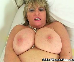 British granny Alisha Rydes loves..