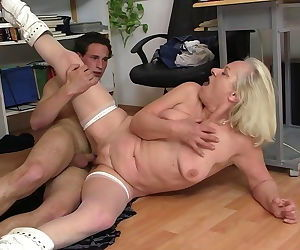 Old blonde granny fucks her young..