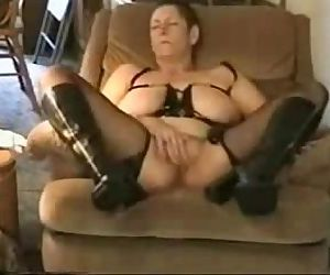 Great orgasm of slut granny...