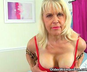 British gilf Lady Sextasy..