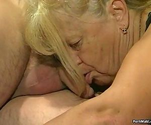 Two granny get fucked in foursome..
