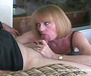 Melanie Want a Cum Splash over..