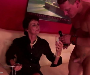 Kinky grandma fucked by youngs..