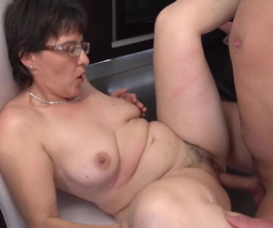 Amateur mother suck and fuck..
