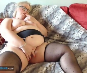EuropeMaturE Blonde Chubby Lexie..